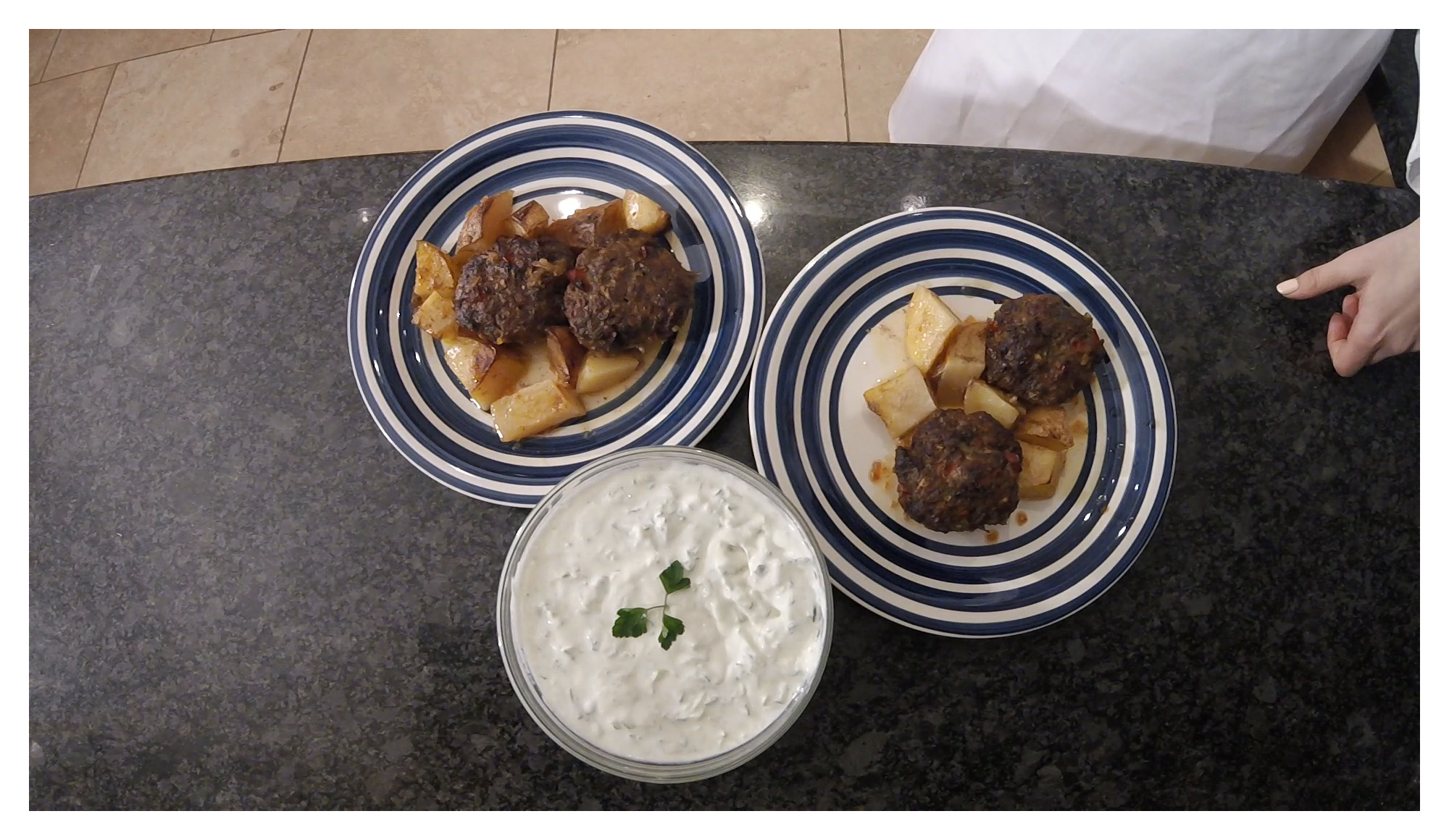 Episode 9 - Greek Burgers with Roast Potatoes